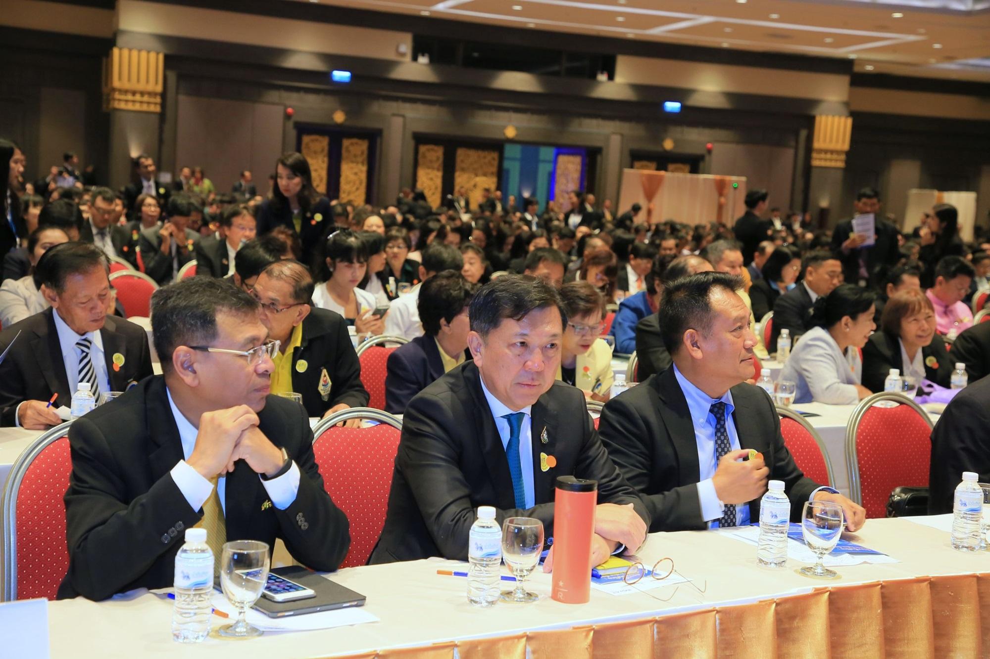 """อทช. ร่วมงานการประชุม เรื่อง """"พัฒนาพื้นที่ไทย : เชื่อมไทย ก้าวไกล เชื่อมโลก"""""""