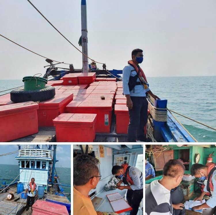 ตรวจเรือประมงทะเลชลบุรี เอกสารครบตามระเบียบ IUU